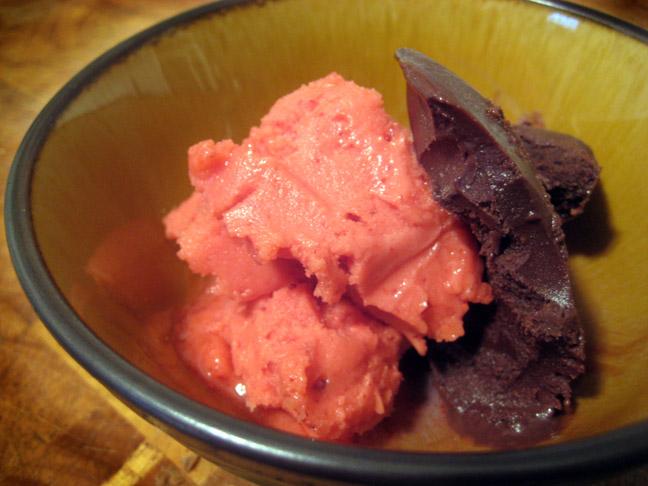 Chocolate-Covered Strawberry, al la Blackwell's Organic